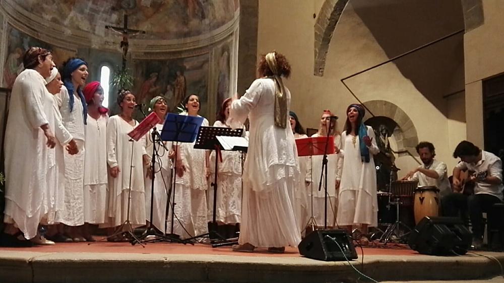 Coro Etnico Agorà in concerto
