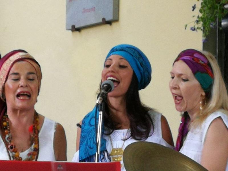Coro Etinico Agorà